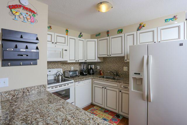 Additional photo for property listing at 2311 Gulf Drive N, #Unit A, Bradenton Beach, FL 34217  Bradenton Beach, Florida,34217 United States