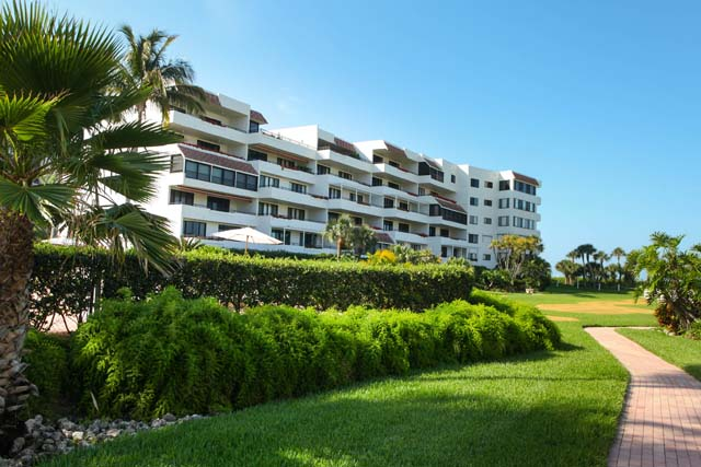 Condominium for Rent at 1425 Gulf of Mexico Dr #D104, Longboat Key, FL 34228 Longboat Key, Florida,34228 United States