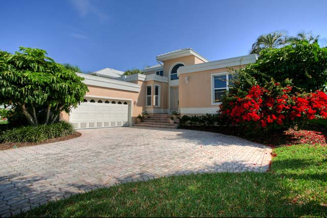 Single Family Home for Rent at 3488 Mistletoe Lane, Longboat Key, FL 34228 Longboat Key, Florida,34228 United States