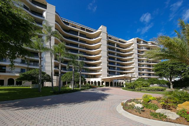 Condominium for Rent at 435 L` Ambiance Drive Unit #L907, Longboat Key, FL 34228 Longboat Key, Florida,34228 United States