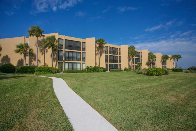 Additional photo for property listing at 450 Gulf of Mexico Dr. #B101, Longboat Key, FL 34228  Longboat Key, Florida,34228 United States