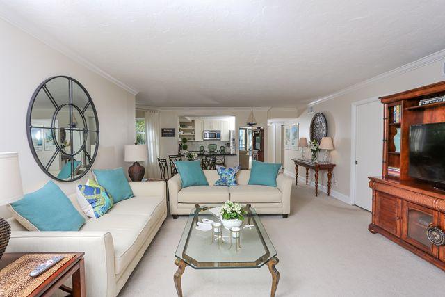 Additional photo for property listing at 450 Gulf of Mexico Drive #B207, Longboat Key, FL 34228  Longboat Key, Florida,34228 United States