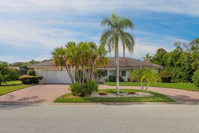 Single Family Home for Rent at 541 Golf Links Lane, Longboat Key, FL 34228 Longboat Key, Florida,34228 United States