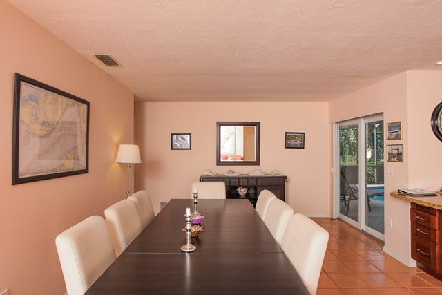 Additional photo for property listing at 541 Golf Links Lane, Longboat Key, FL 34228  Longboat Key, Florida,34228 United States