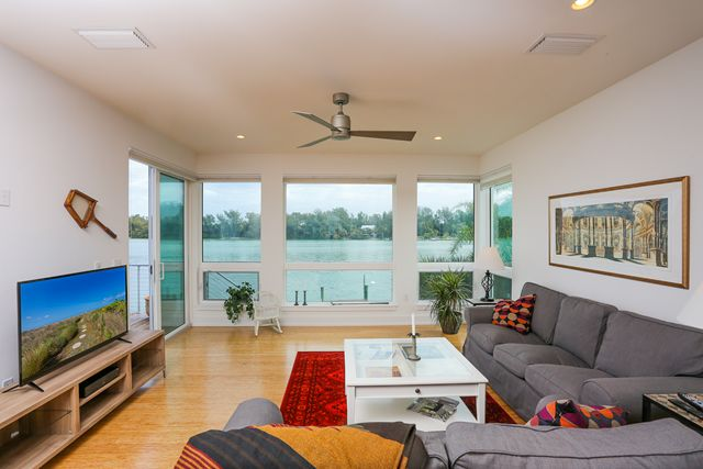 Additional photo for property listing at 7130 Longboat Dr E, Longboat Key, FL 34228  Longboat Key, Florida,34228 United States