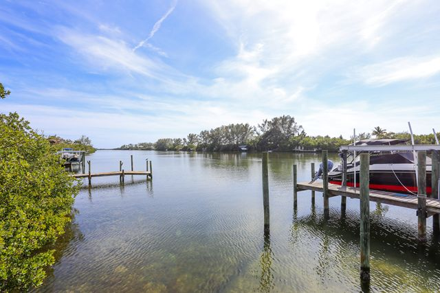Additional photo for property listing at 241 Kettle Harbor Dr, Placida, FL 33946  Placida, Florida,33946 United States