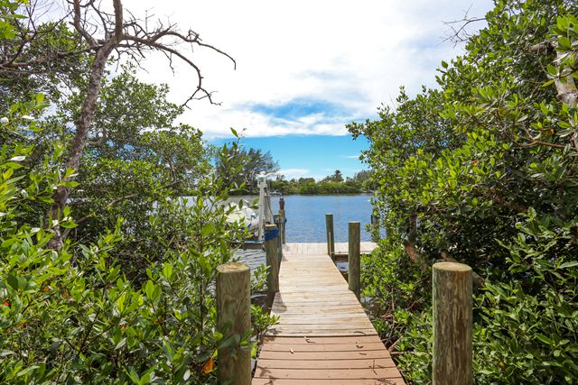 Additional photo for property listing at 431 Kettle Harbor Dr, Palm Island, FL 33946  Placida, Florida,33946 United States