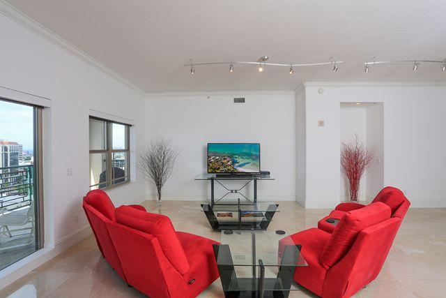 Additional photo for property listing at 505 South Orange Avenue Unit 1201, Sarasota, FL 34236  Sarasota, Florida,34236 United States