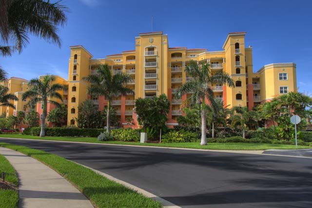 611 Riviera Dunes Way Unit 302, Palmetto, FL 34221