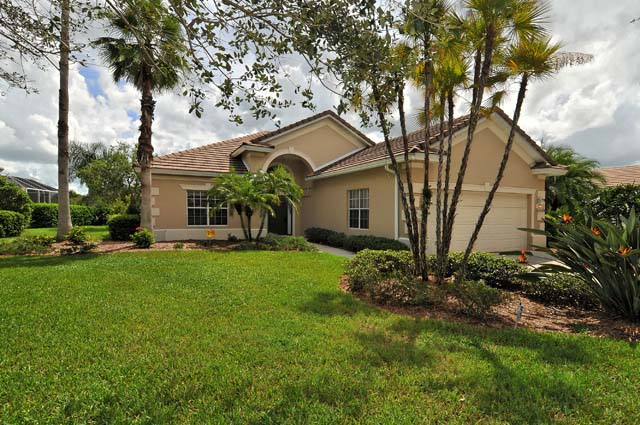 6718 Virginia Crossing, University Park, FL 34201