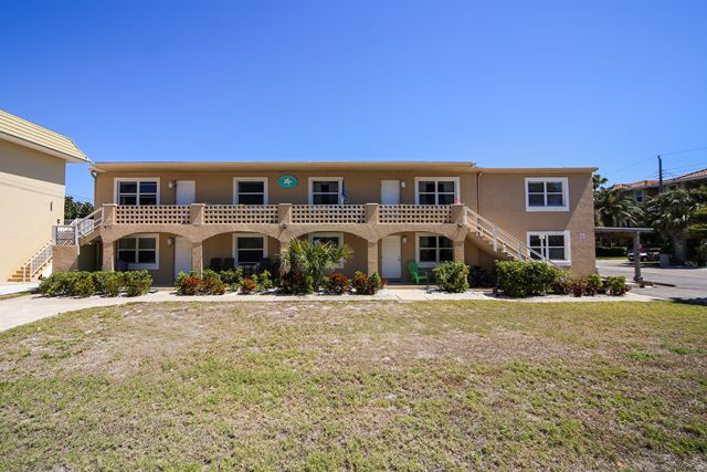 Condominium for Rent at 1003 Gulf Dr S, Unit #5, Bradenton Beach, FL 34217 Bradenton Beach, Florida,34217 United States