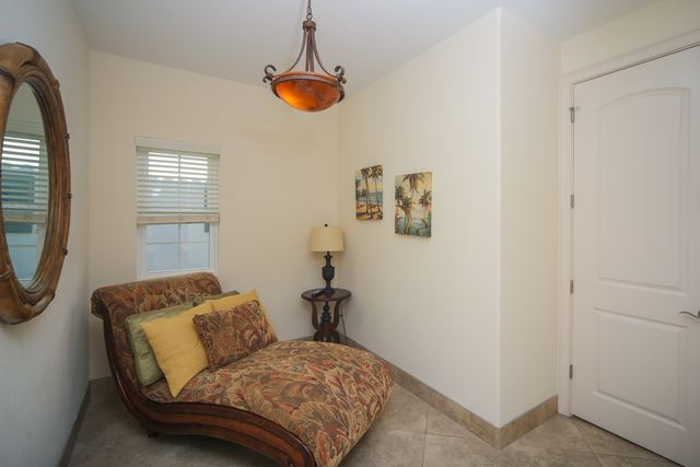 Additional photo for property listing at 4112 5th Ave, Holmes Beach, FL 34217 4112 5th Ave Holmes Beach, Florida,34217 United States