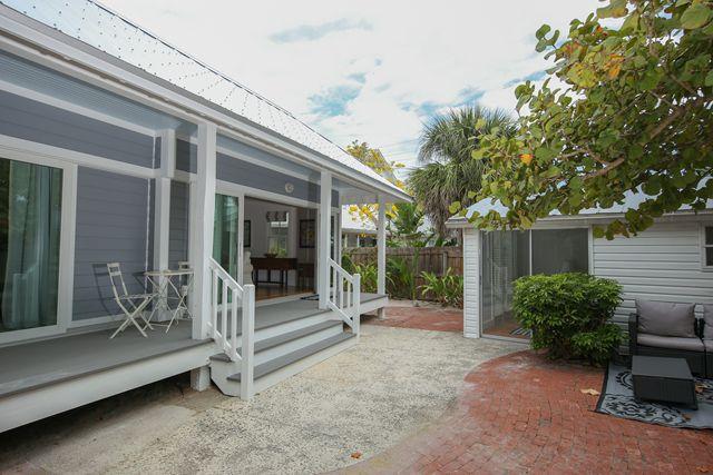 Additional photo for property listing at 380 Palm Ave, Boca Grande, FL 33921  Boca Grande, Florida,33921 United States