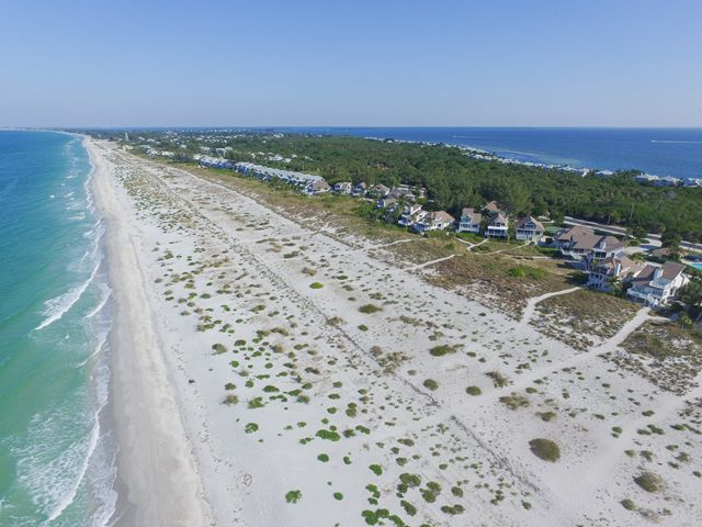 Additional photo for property listing at 540 Gulf Blvd, Unit #11, Boca Grande, FL 33921  Boca Grande, Florida,33921 United States