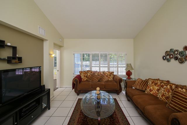 Living Area - Villa for rent at 3401 54th Drive West Unit F203, Bradenton, FL 34210 - MLS Number is 340154TH203
