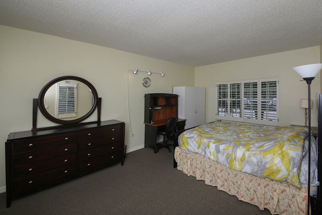 Master Bedroom - Villa for rent at 3401 54th Drive West Unit F203, Bradenton, FL 34210 - MLS Number is 340154TH203