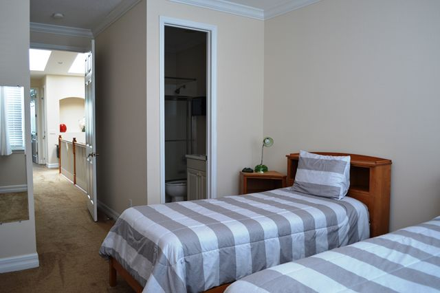 Guest Bedroom Suite - Townhouse for rent at 3409 54th Drive West, H103, Bradenton, FL 34210 - MLS Number is 340954TH103