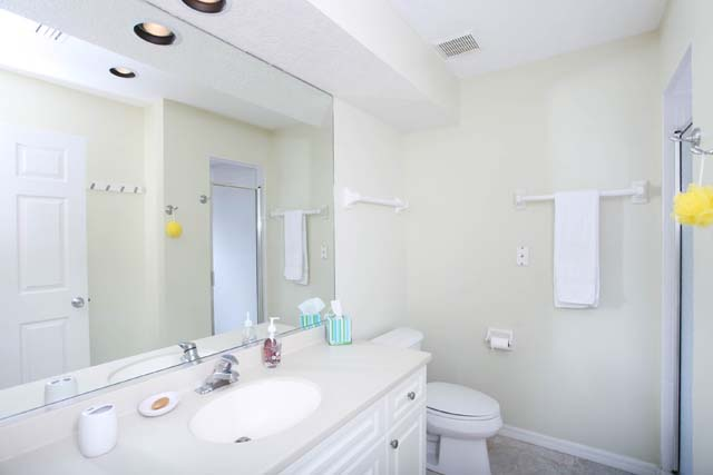 Guest Bath - Villa for rent at 3604 54th Drive West, K104, Bradenton, FL 34210 - MLS Number is 360454TH104