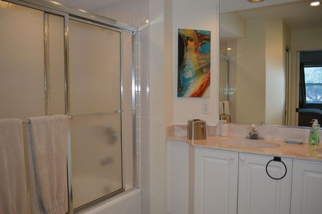 Master Bathroom - Villa for rent at 3701 54th Drive West, M202, Bradenton, FL 34210 - MLS Number is 370154TH202