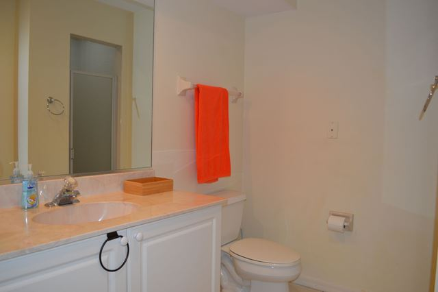 Guest Bathroom - Villa for rent at 3701 54th Drive West, M202, Bradenton, FL 34210 - MLS Number is 370154TH202