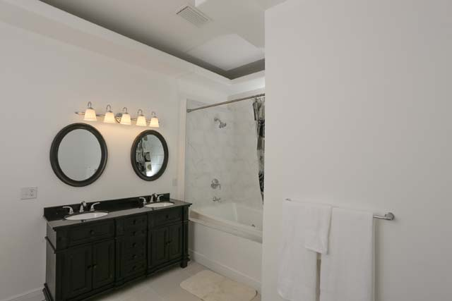 Master Bathroom - Villa for rent at 3702 54th Drive West, Q203, Bradenton, FL 34210 - MLS Number is 370254TH203