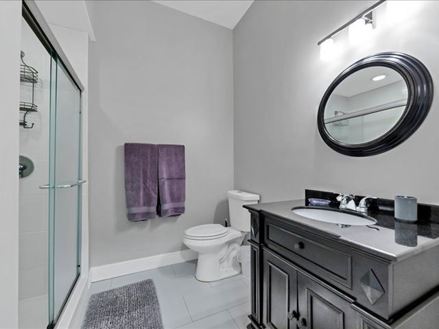Guest Bathroom - Villa for rent at 3702 54th Drive West, Q203, Bradenton, FL 34210 - MLS Number is 370254TH203