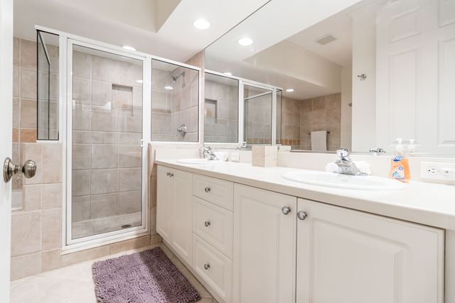 Master Bathroom - Villa for rent at 3705 54th Drive West #N103, Bradenton, FL 34210 - MLS Number is 370554TH103