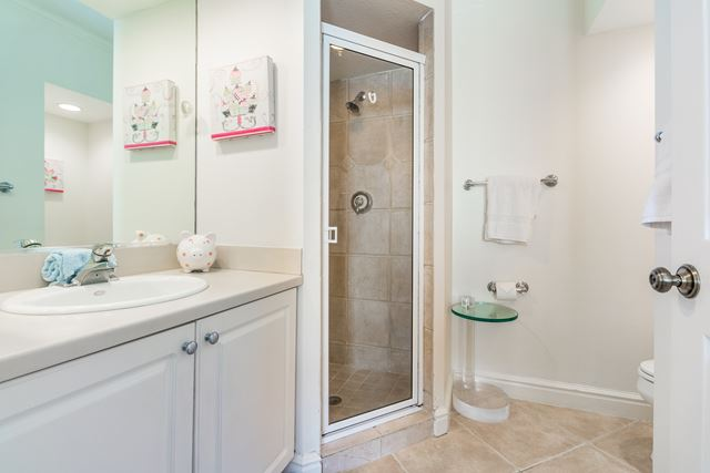 Guest Suite Bathroom - Villa for rent at 3705 54th Drive West #N103, Bradenton, FL 34210 - MLS Number is 370554TH103