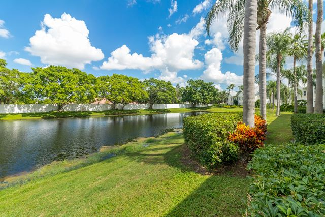 Rear View - Villa for rent at 3705 54th Drive West #N103, Bradenton, FL 34210 - MLS Number is 370554TH103
