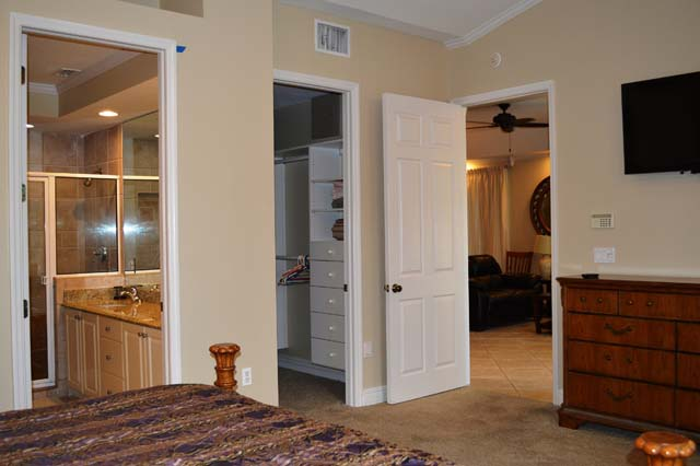 Master Bedroom Suite - Villa for rent at 3705 54th Drive West, N203, Bradenton, FL 34210 - MLS Number is 370554TH203