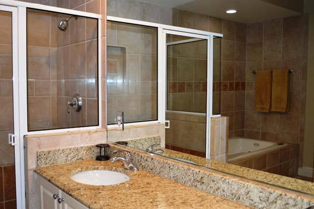 Master Bathroom with Tub and Shower - Villa for rent at 3705 54th Drive West, N203, Bradenton, FL 34210 - MLS Number is 370554TH203