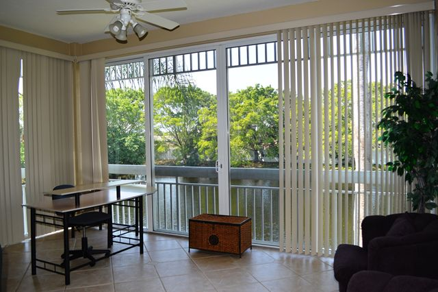 Sun Room - Office - Villa for rent at 3705 54th Drive West, N203, Bradenton, FL 34210 - MLS Number is 370554TH203