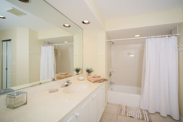 Master Bathroom - Villa for rent at 3706 54th Drive West, P103, Bradenton, FL 34210 - MLS Number is 370654TH103