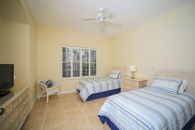 Guest Bedroom with Two Single Beds - Villa for rent at 3706 54th Drive West, P103, Bradenton, FL 34210 - MLS Number is 370654TH103