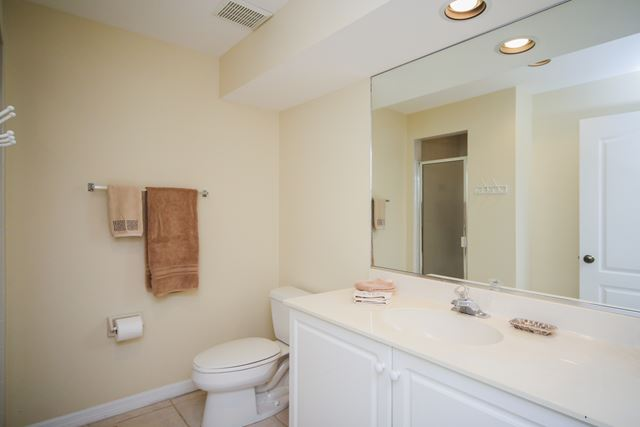 Guest Bathroom - Villa for rent at 3706 54th Drive West, P103, Bradenton, FL 34210 - MLS Number is 370654TH103