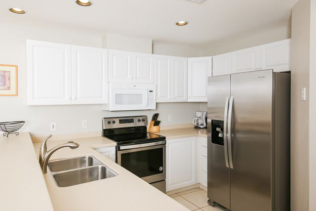 Kitchen - Villa for rent at 3706 54th Drive West, P201, Bradenton, FL 34210 - MLS Number is 370654TH201