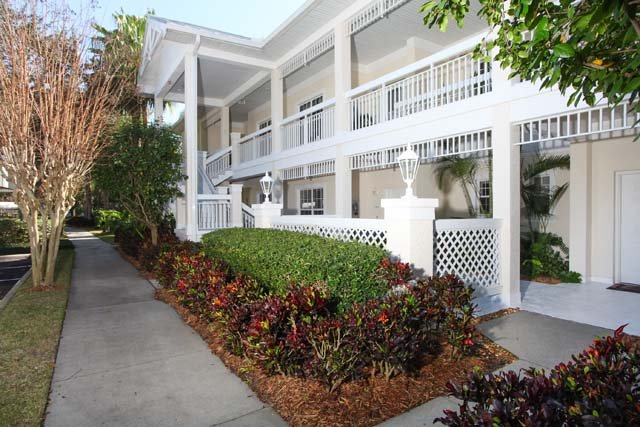 Exterior Front - Villa for rent at 3706 54th Drive West, P204, Bradenton, FL 34210 - MLS Number is 370654TH204