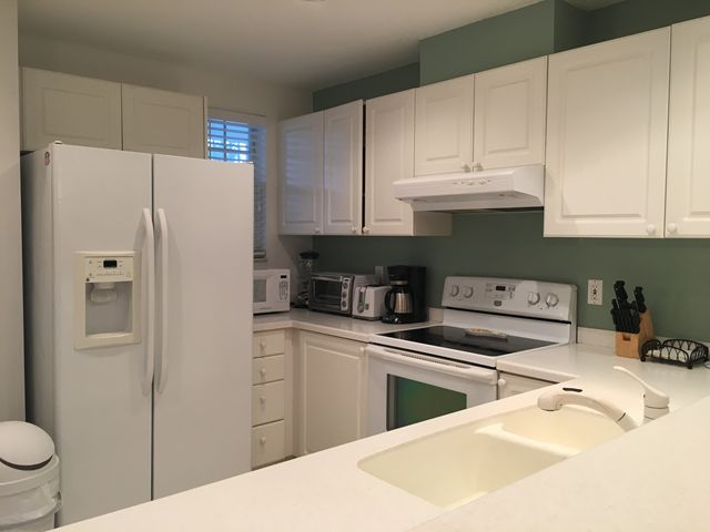 Kitchen - Villa for rent at 3803 54th Drive West, O202, Bradenton, FL 34210 - MLS Number is 380354TH202