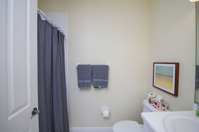 Guest Bathroom - Villa for rent at 5417 46th Court West, Bradenton, FL 34210 - MLS Number is 541746TH102