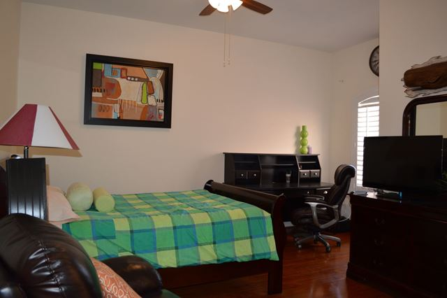 Guest Bedroom Suite - Villa for rent at 5425 46th Court West, Bradenton, FL 34210 - MLS Number is 542546TH