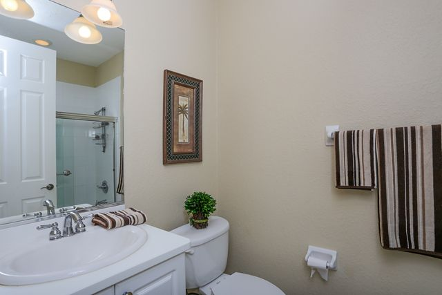Guest Bathroom - Villa for rent at 5441 46th Court West, Bradenton, FL 34210 - MLS Number is 544146TH