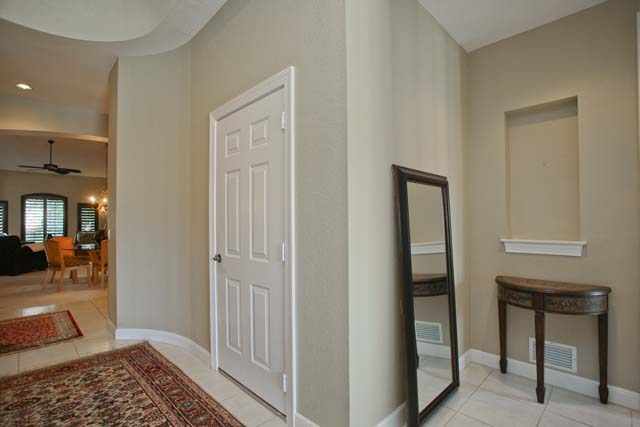 Foyer Entrance - Villa for rent at 5461 46th Court West, #403, Bradenton, FL 34210 - MLS Number is 546146TH403