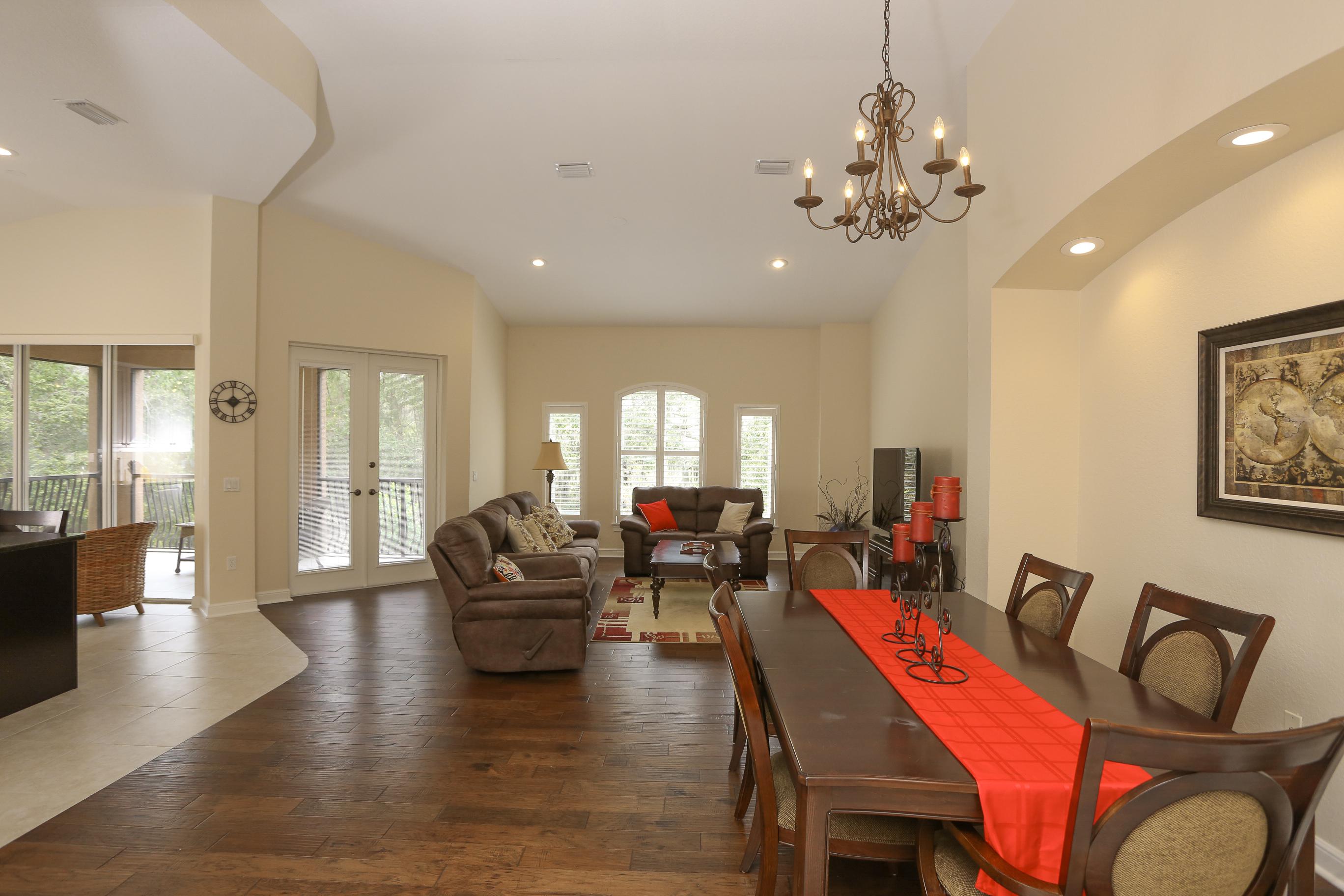 Additional photo for property listing at 5509 46th Ct W, Bradenton, FL 34210  Bradenton, Florida,34210 United States