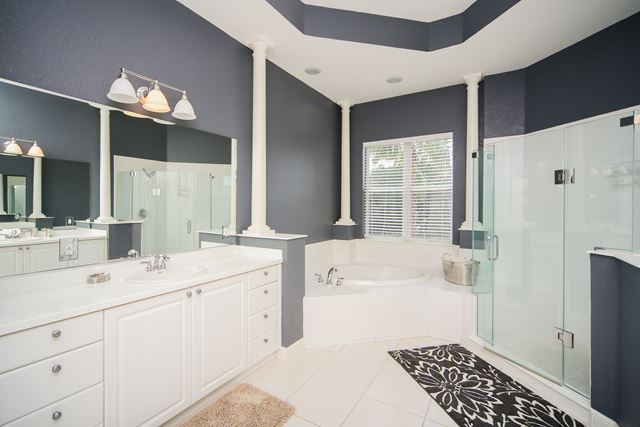 Master Bathroom - Condo for rent at 5527 46th Court West, #803, Bradenton, FL 34210 - MLS Number is 552746TH803