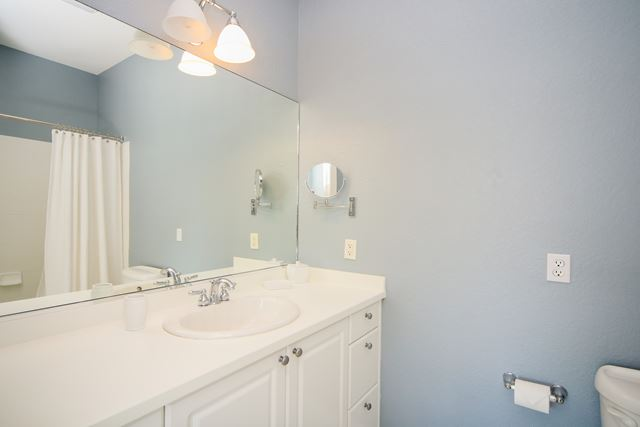 Additional photo for property listing at 5527 46th Court West, #803, Bradenton, FL 34210 5527 46th Court West, #803 Bradenton, Florida,34210 United States