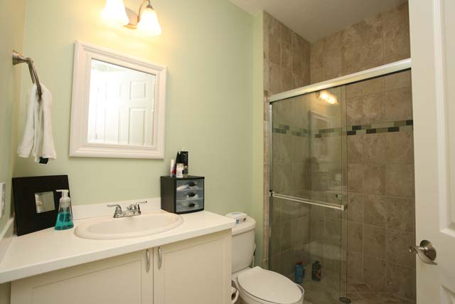 2nd Bathroom - Villa for rent at 5530 46th Court West, #901, Bradenton, FL 34210 - MLS Number is 553046TH901