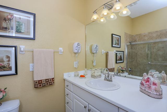 Guest Bathroom Suite - Villa for rent at 5567 46th Court West, Bradenton, FL 34210 - MLS Number is 556746TH