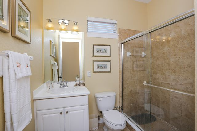 Guest Bathroom - Villa for rent at 5567 46th Court West, Bradenton, FL 34210 - MLS Number is 556746TH