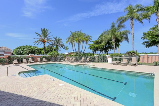 Community Pool - Villa for rent at 5567 46th Court West, Bradenton, FL 34210 - MLS Number is 556746TH