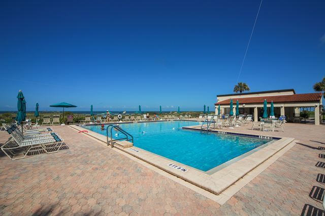 Additional photo for property listing at 2055 Gulf of Mexico Dr, Unit #109, Longboat Key, FL 34228 2055 Gulf of Mexico Dr, Unit #109 Longboat Key, Florida,34228 United States